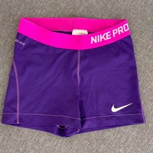 Nike Pro Dry -Fit purple and pink